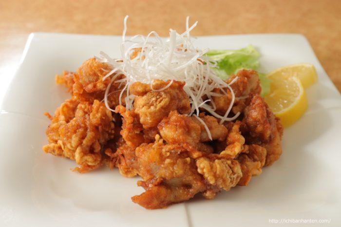 Karaage (deep fried chicken)(鶏の唐揚げ)