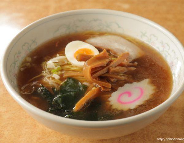 Ramen (soy sauce or salt-based soup)(ラーメン(醤油・塩))
